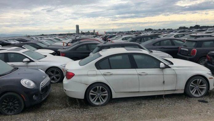 В Канаде обнаружили более трех тысяч брошенных BMW и MINI  1